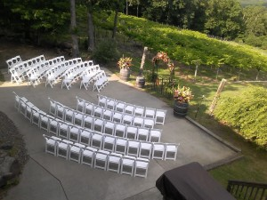 wedding ceremony seating at Stony Mountain Vineyard